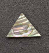 1pc Green abalone triangle 25 x 25 x 27 x 1mm