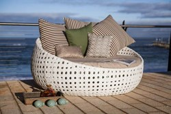 Tahiti Day Bed