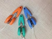 Mini Castanet Snips by Canary