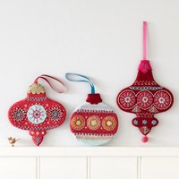 NANCY NICHOLSON - FLAT BAUBLE EMBROIDERY KIT