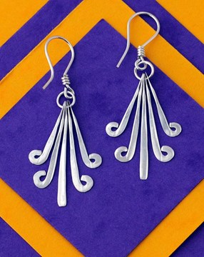 flores aztecas earrings