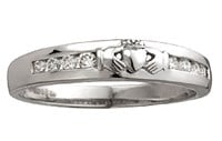 S2716 - Diamond Claddagh Band