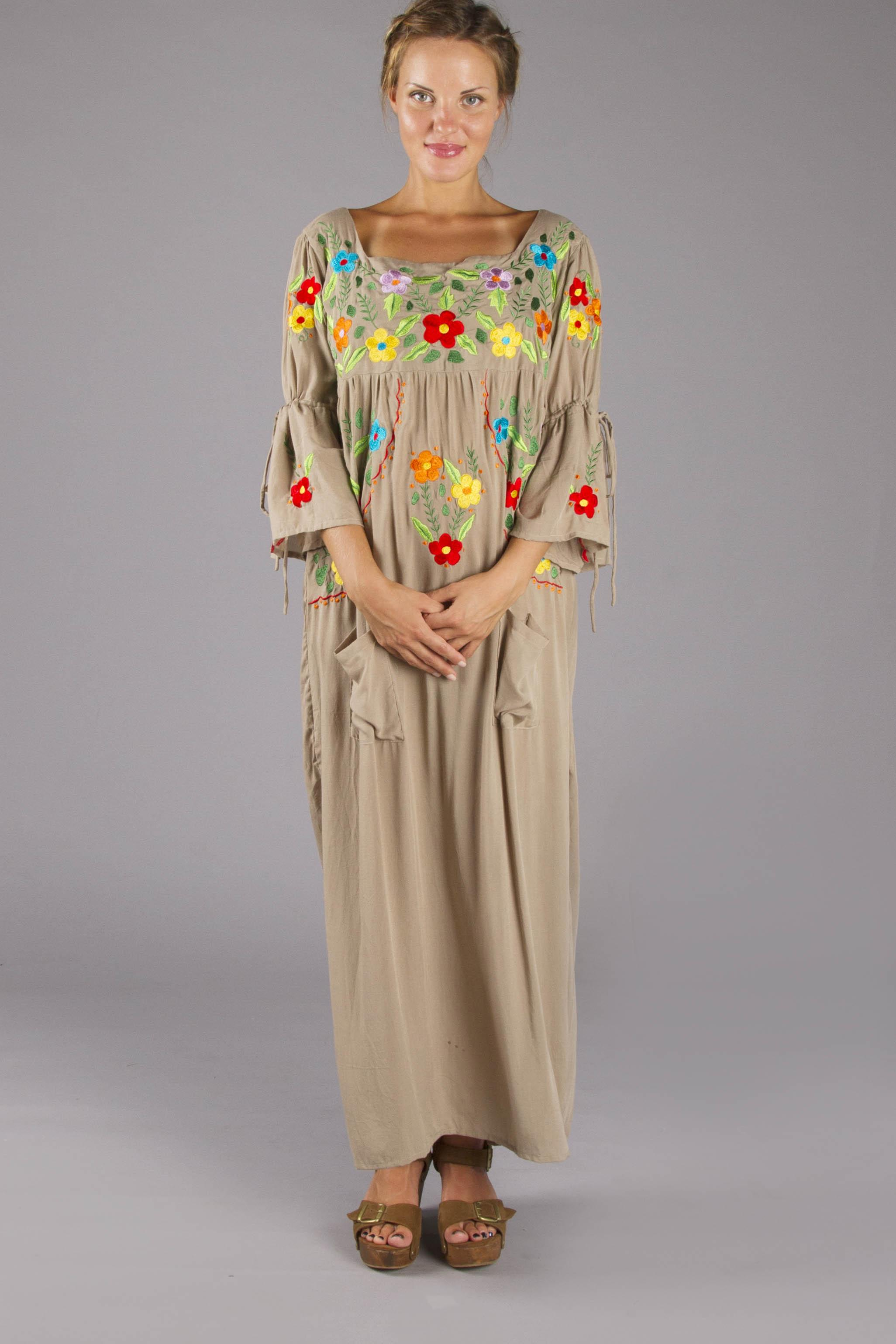 Quot Woodstock Maternity Quot Embroidered Maternity Kaftan
