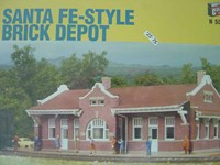 Walthers Cornerstone N/Scale Kit Santa Fe - Style Brick Depot Building