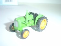 76TRAC00 Oxford Tractor Green