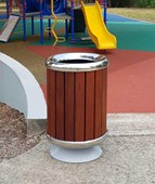 LSM480 Pedestal Timber and Alu Slat Bins