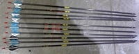 "10 Gold Tip Hunter Arrows 400 28"" S/H blue/black"
