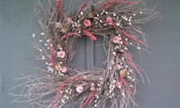 Square Twig Wreath w/apples-18""
