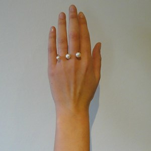 The Amazing Pearl Triple 'Floating Knuckle' Ring