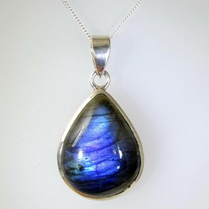 The Labradorite Pendants