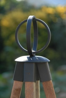 Iron Finial - Circle four cane