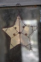 Star with mirror and wire