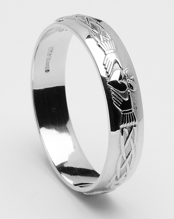 ID101 Claddagh Court- Mens,  This stunning ring incorporates the ancient Claddagh symbol.