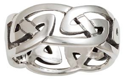 "ID312 Celtic Knot - Ladies,This claddagh is a heavy weight ""Puffed heart"" version of the ring."