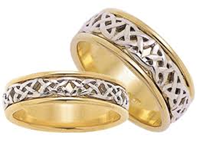 ID302 Univesal - Ladies , Love crosses all boundaries; it is not confined by time or place.