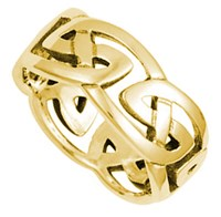 """ID312 Celtic Knot - Ladies,This claddagh is a heavy weight """"Puffed heart"""" version of the ring."""