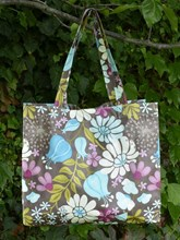 OILCLOTH RECTANGULAR SHOPPING TOTE - PINK AND BLUE FLORAL DESIGN