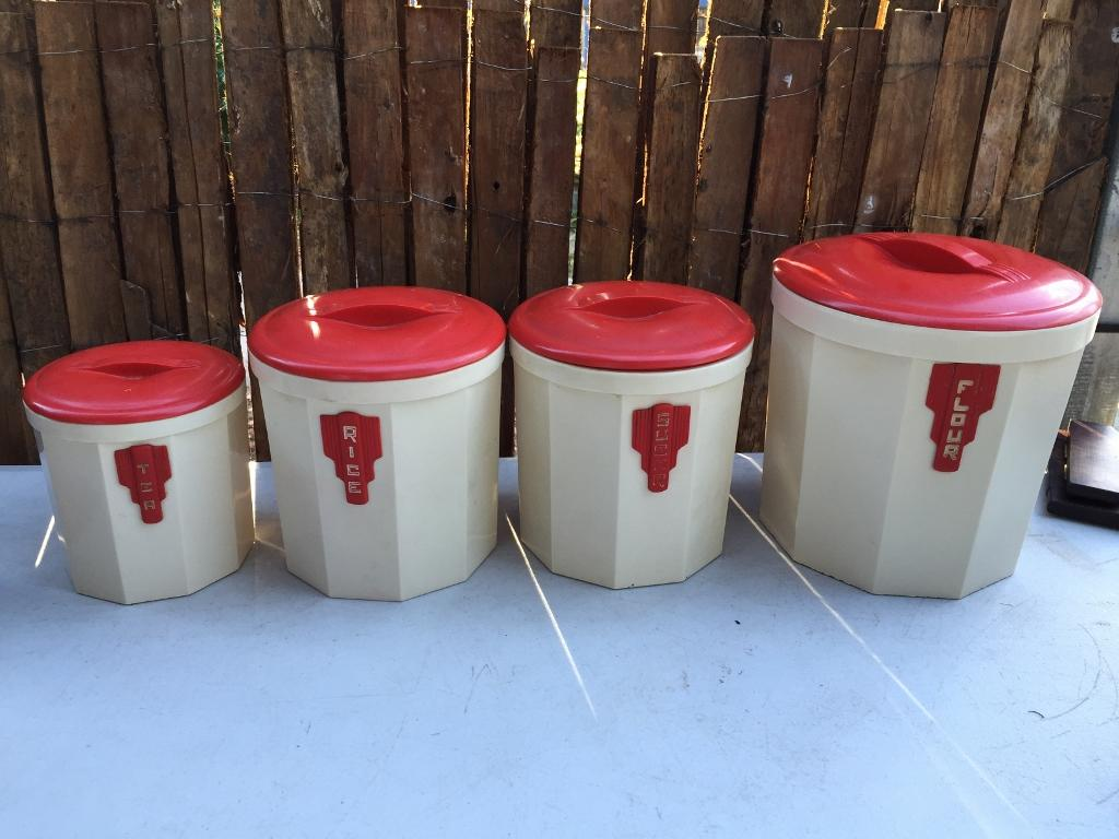 kitchen canisters australia set vintage 1930 s australian iplex bakelite kitchen food 12960