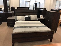Queen bedroom suite 4 pce HARDWOOD stressed look vdery SOLID new design